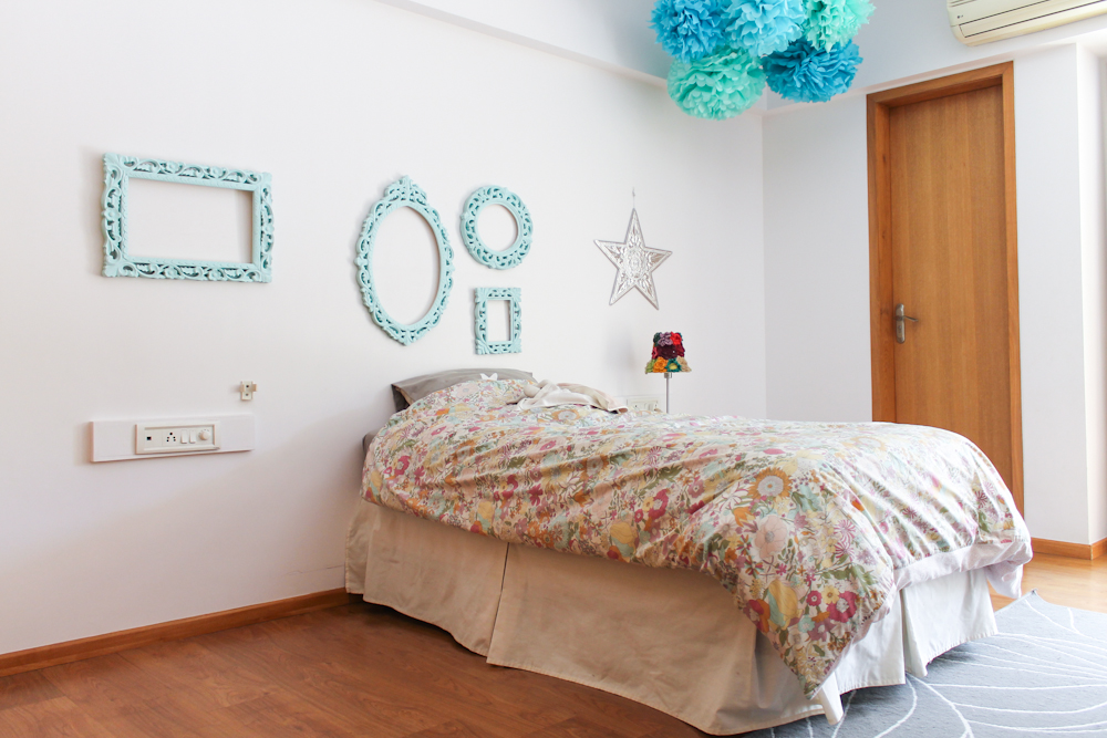 Wednesday Wall2Wall ☆ From Pink to Blue Girl's Room with Blue Pompoms & Frames