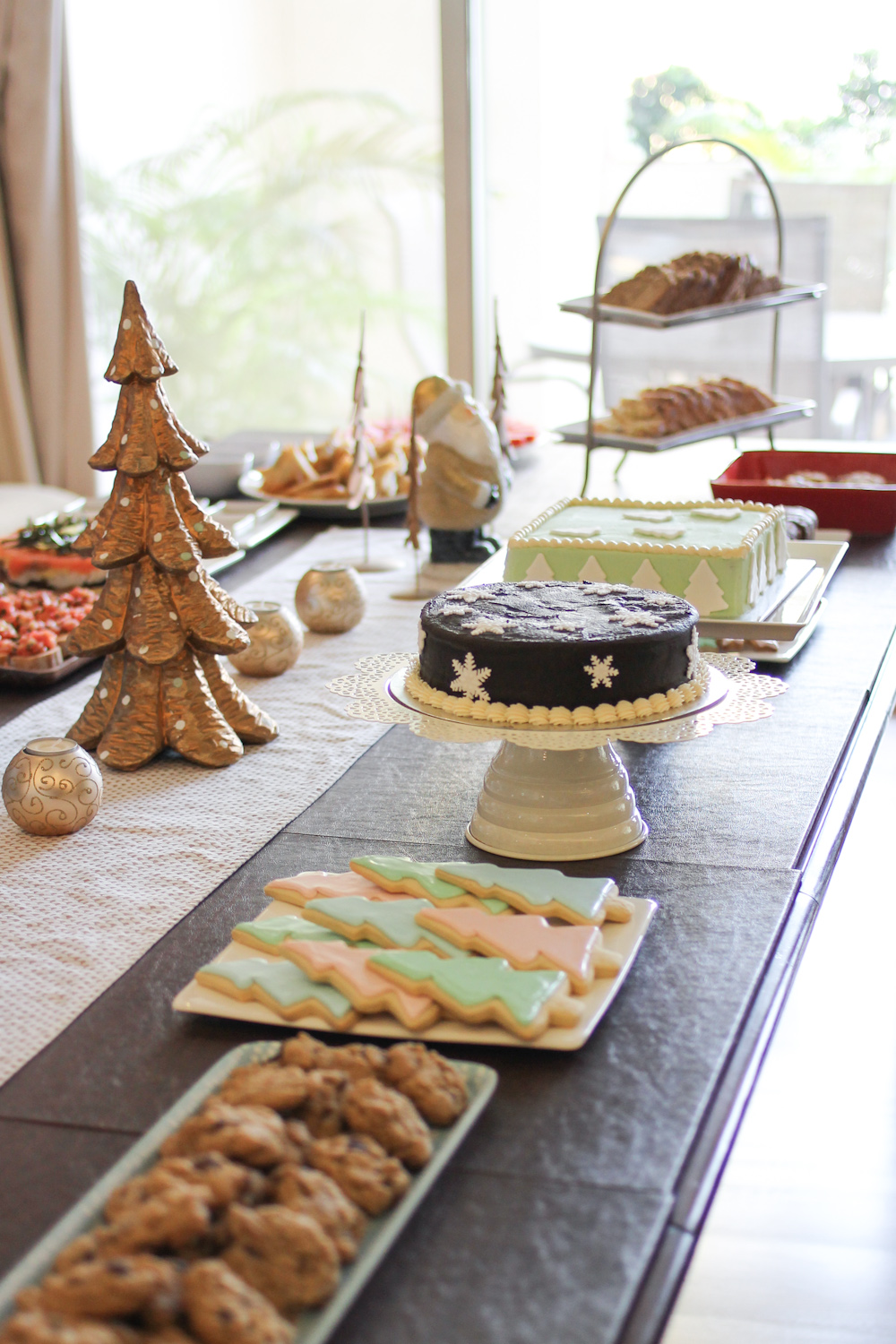 Holiday Party Table 2015-11