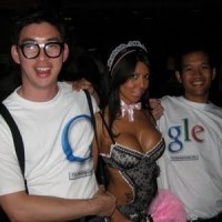 G(.)(.)Gle D(.)(.)dle -- Sexy Google Doodle with Boobs
