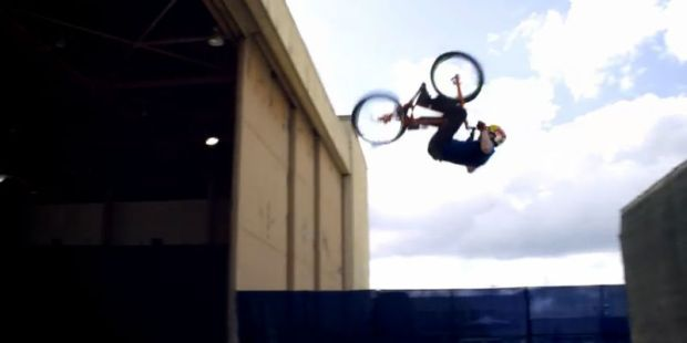 Video de deportes - Video de bicicletas - Red Bull - Bicis BMX
