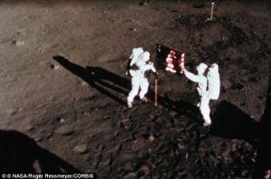 Armstrong y Aldrin en la Luna