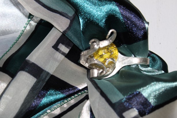 scarf jewellery