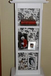 3 Shelves/3 stacked books