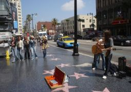 800px-hollywood_walk_of_fame.jpg