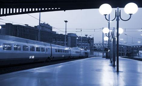 """I """"dinosauri"""" invadono la Stazione Termini di Roma"""
