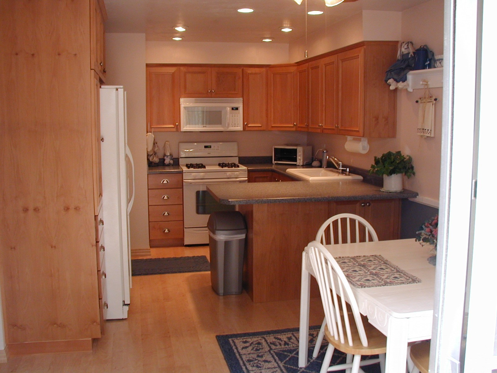 lighting kitchen no island kitchen lighting Lighting in kitchen with no island