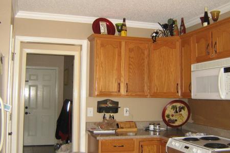 52347d1257454880 please help choosing paint color kitchen kitchen 002