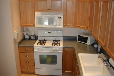need web site for cabinet and door hardware (kitchen