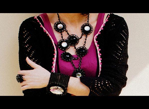 różowo-czarno