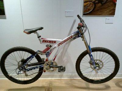 ... a tady něco speciálního, stroj Shauna Palmera z roku 1996 ...