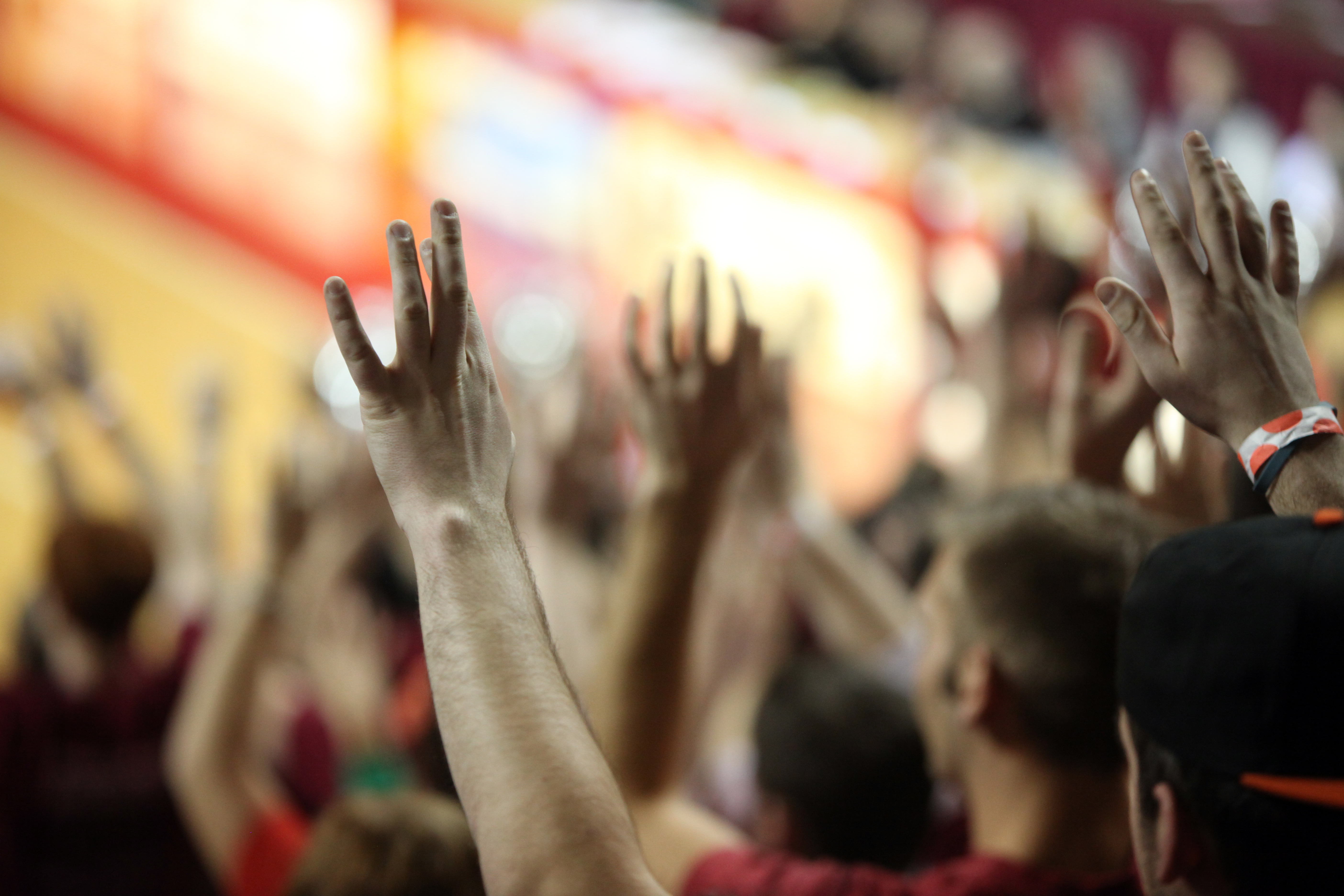 Temple fans hands in air 2