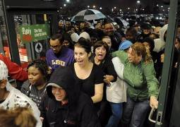 Black-Friday-Shoppers-2011