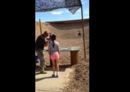 Vídeo mostra garota antes de atirar em instrutor nos EUA