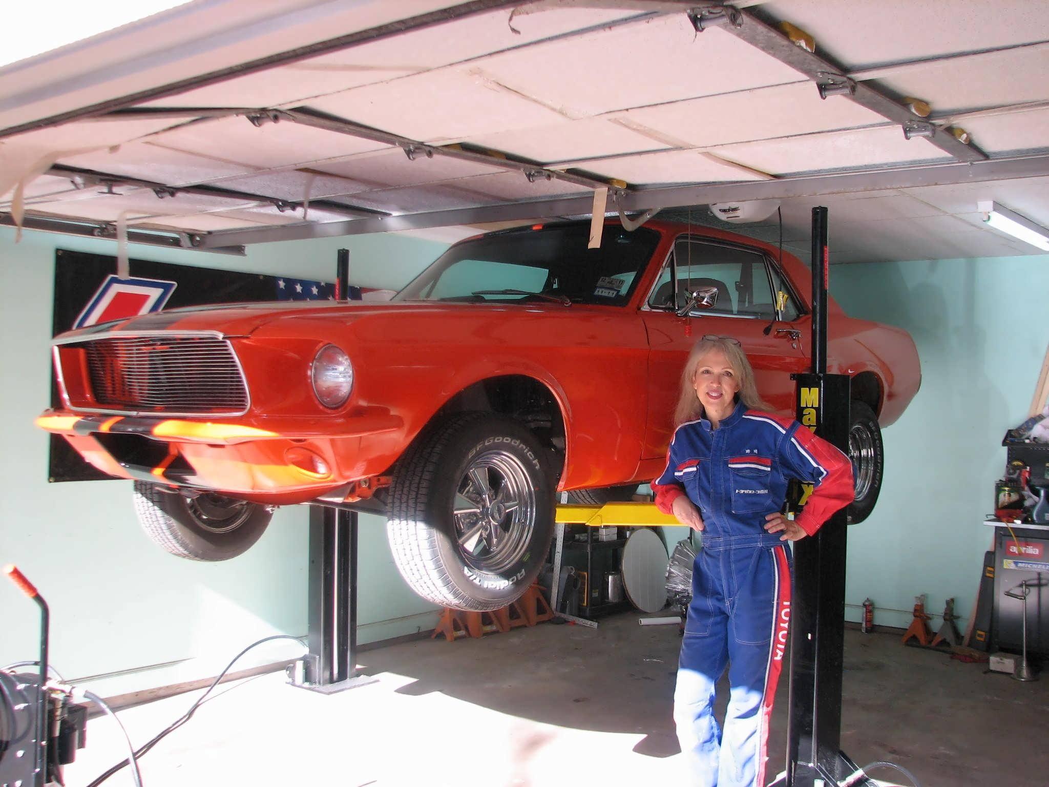 MaxJax lifting pads and locking mechanism | Classic Cars ...