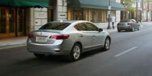 2014-ilx-hybrid-silver