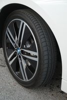 2014,BMW i3,tires,road handling