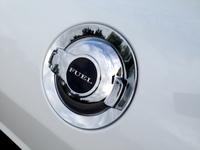 2015 Dodge,Challenger SXT,performance,fuel economy