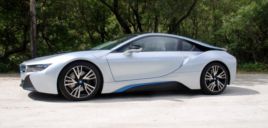2015 BMW,i8