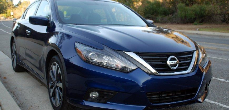 2016 Nissan,Altima 2.5L,SR, SL