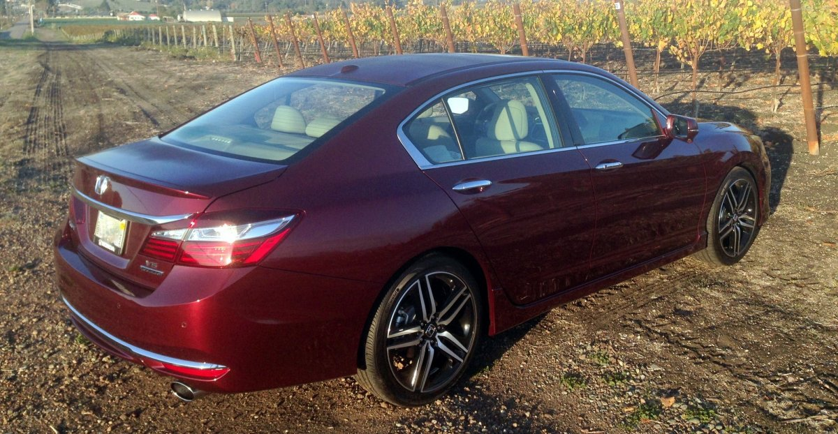 2016,Honda Accord,Touring V6,mpg,fuel economy