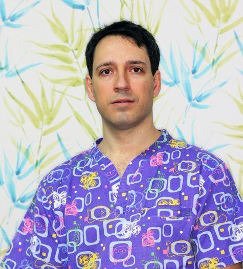 Dr. Isaac Díaz