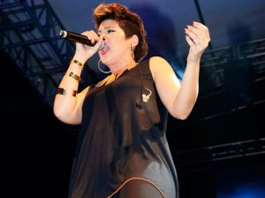 """Tessanne Chin Delivering at her """"Welcome Home"""" concert in downtown Kingston!"""