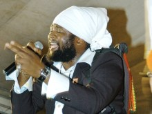 FANTAN MOJAH HEADS TO MALAWI FOR A CONCERT DECEMBER 21!