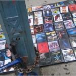 selling-bootlegg-dvds