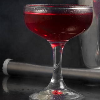 Smoked Cocktails: Smoked Blackberry Sour
