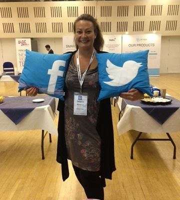 At the Content Marketing Show, Natasha Woodford got her hands on Zazzle's Social Media Cushions