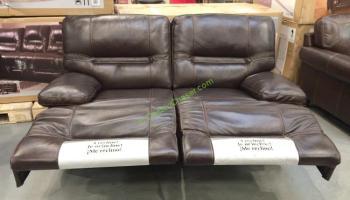 Pulaski Furniture Leather Reclining sofa, Model#155 2475 401 726