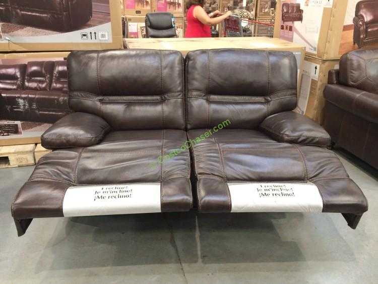 Pulaski Furniture Leather Reclining Loveseat