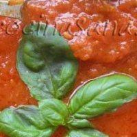 Deliciosa Salsa de Tomates Frescos y Albahaca
