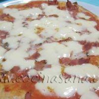 Pizza con la maquina del pan: más facil no se puede!