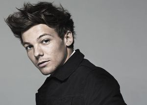 MAN CANDY: Watch 1D's Louis Tomlinson's Member Bounce In Every Direction [Video]