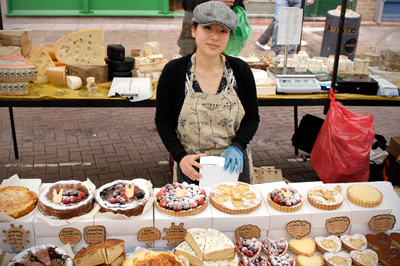 Coco&Me - Coco and Me - Coco & Me - www.cocoandme.com - Tamami - pictures from the cake market stall - Broadway Market E8 UK