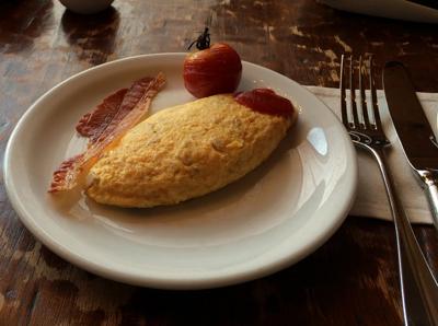 www.cocoandme.com - Coco&Me - Coco and Me - Hyatt Regency Tokyo Hotel Egg Omelette Breakfast Buffet