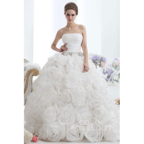 Medium Crop Of Ivory Wedding Dress