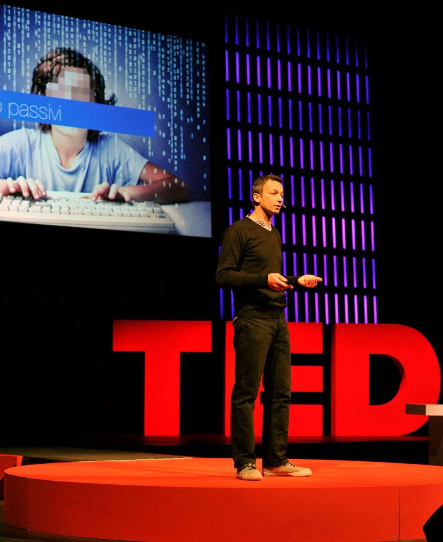 """TED x Trento """"Creatività e diversità"""", Technology, Entertainment e Design Nella foto: Ivan BEDINITeatro SocialeTrento 22 giugno 2014Foto Roberto Bernardinatti"""