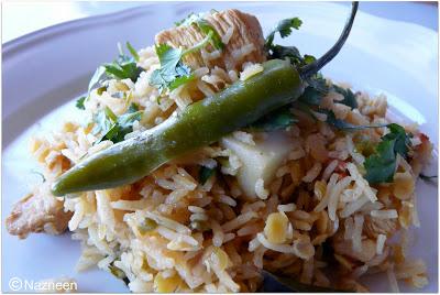 Chicken Khichri ~ Chicken, rice and lentil pulao