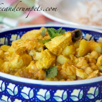 Chicken Curry With Chick Peas and Potatoes~Murgh Cholay