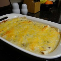 WIAW: Creamy Chicken Enchiladas