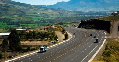 La construcción de modernas carreteras es una obra visible del gobierno. Fuente: El Ciudadano