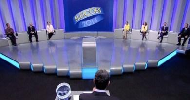 Taken from: http://g1.globo.com/politica/eleicoes/2014/noticia/2014/10/atritos-entre-candidatos-resultam-em-debate-tenso-vesperas-do-1-turno.html