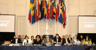 Audiencia_a_sociedad_civil_sobre_fortalecimiento_del_Sistema_Interamericano_de_Derechos_Humanos_(8143921501)