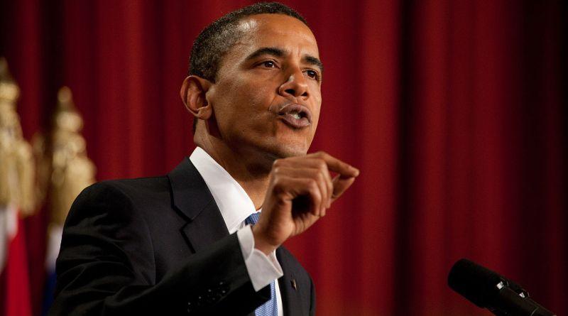 1280px-Barack_Obama_speaks_in_Cairo,_Egypt_06-04-09