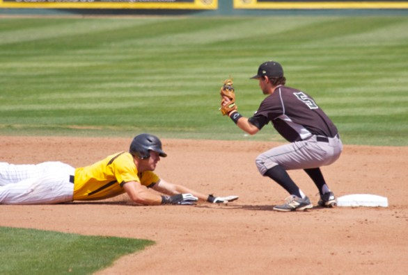 Richard Prigatano is thrown out at 2B. (Photo: Shotgun Spratling)