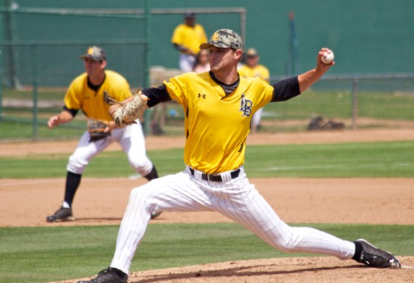 Nick Sabo allowed 2 H in 6.2 IP. (Photo: Shotgun Spratling)