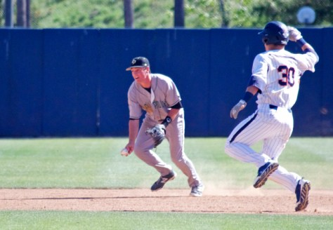 Ryan Rosa flips to the shortstop. (Photo: Shotgun Spratling)