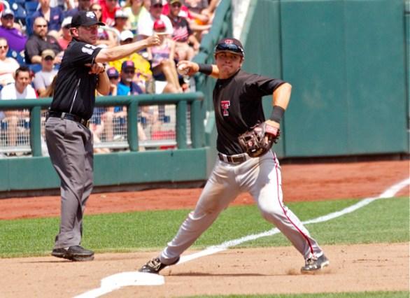 Ryan Long fires across the diamond. (Photo: Shotgun Spratling)